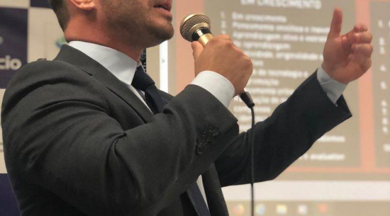 Em palestra na Estácio, presidente da Amatra 19 fala sobre repercussão da tecnologia do trabalho