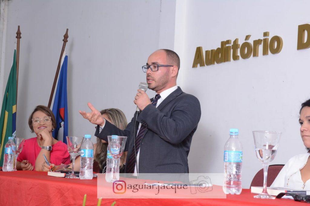 Presidente da AMATRA 19 discute o novo mundo do trabalho e adoecimento psíquico em palestra na Seune